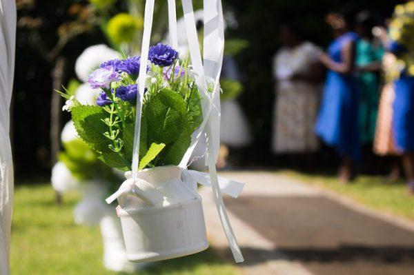 Stoeldecoraties ceremonie