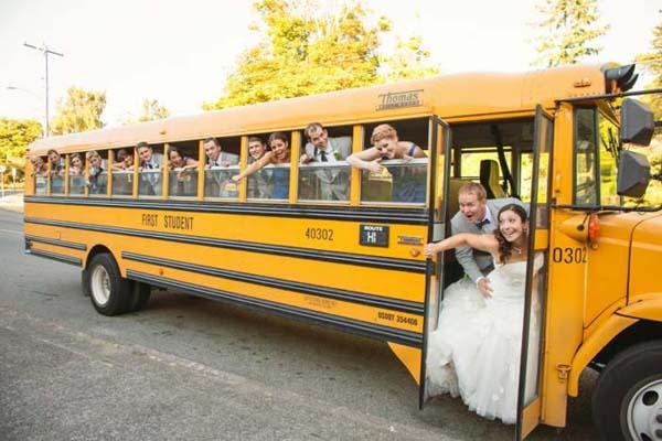 Trouwauto oldtimer bus