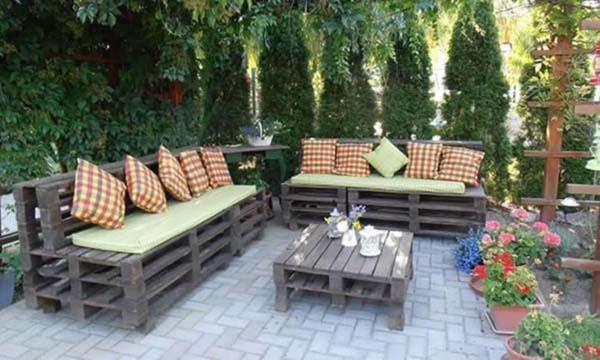 Recycled tuinmeubelen steigerhout